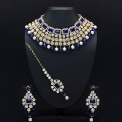 Grab up to 50% Off on Necklaces at Mirraw
